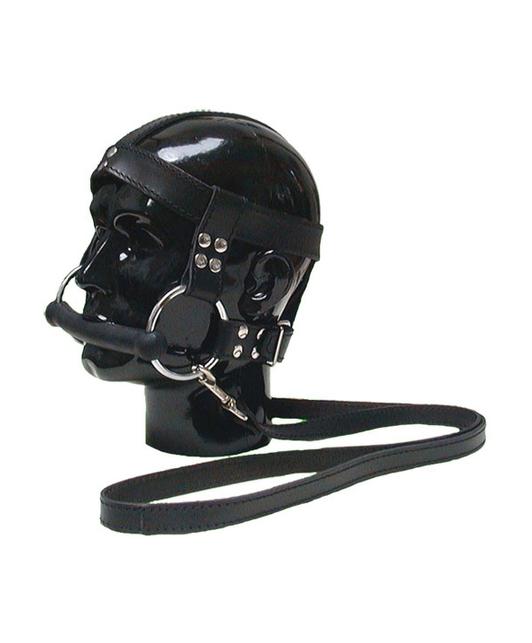 Mister B Horsebit with leash