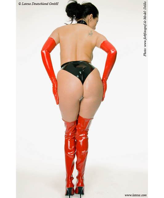 Latexa Body with collar and ring, moulded