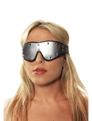 Eye mask with metal