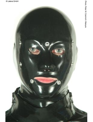 Latexa lateksa maska ar izgriezumiem